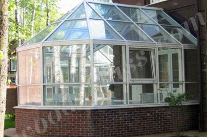 Беседка со стеклянной крышей
