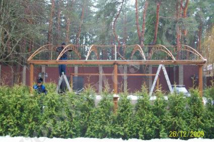 Строим деревянный навес