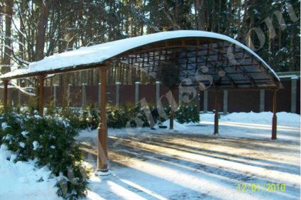 Навес из поликарбоната под снегом