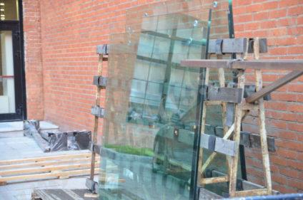 Материалы для изготовления навеса. Ударопрочное стекло